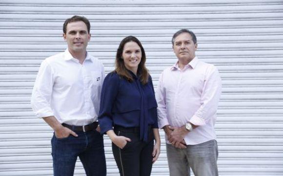 O mercado imobiliário cearense reage. Conforme dados do Flash Imobiliário, da Lopes Immobilis, as vendas de imóveis residenciais verticais cresceram 95% em...